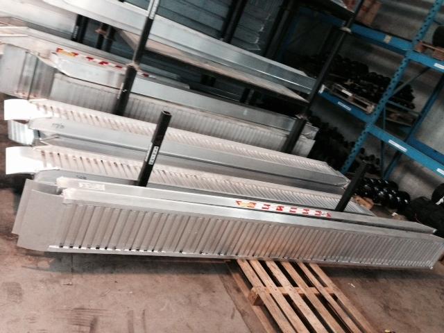 rampe di carico in alluminio da 2 a 4 5 metri