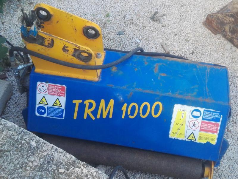 Trincia sterpaglie usata per miniescavatori for Trincia usata per motocoltivatore bcs