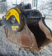 : MB_MB 90_Accessori per escavatori