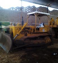: Caterpillar_D4_Ruspe - Dozer - Bulldozer