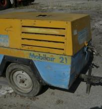 : JEMBACH_MOBILAIR 21_Compressori